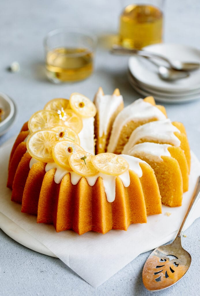 Lemon olive oil cake with cbd