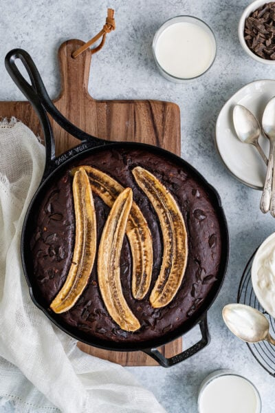 skillet chocolate banana bread