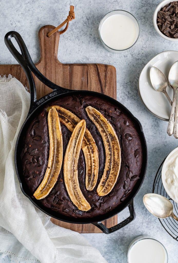 skillet chocolate banana bread