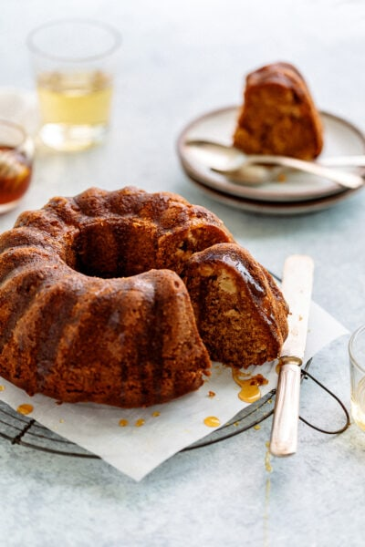 A classic Honey Apple Cake that's delicious and easy to make. Perfect for any occasion! You'll definitely want to save this recipe!