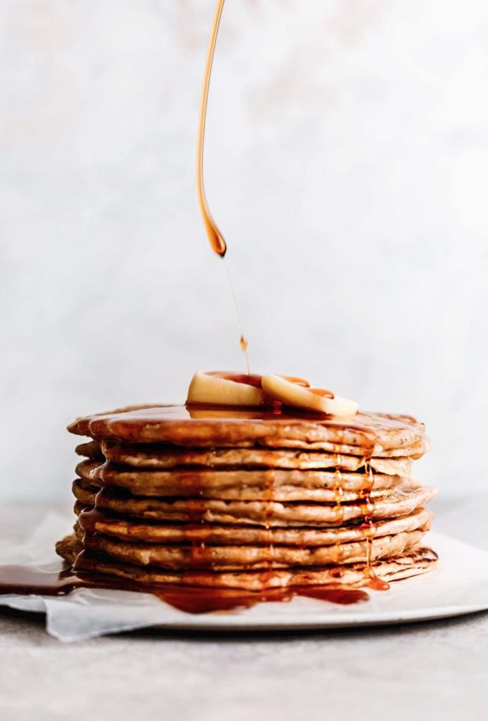 almond oat pancakes
