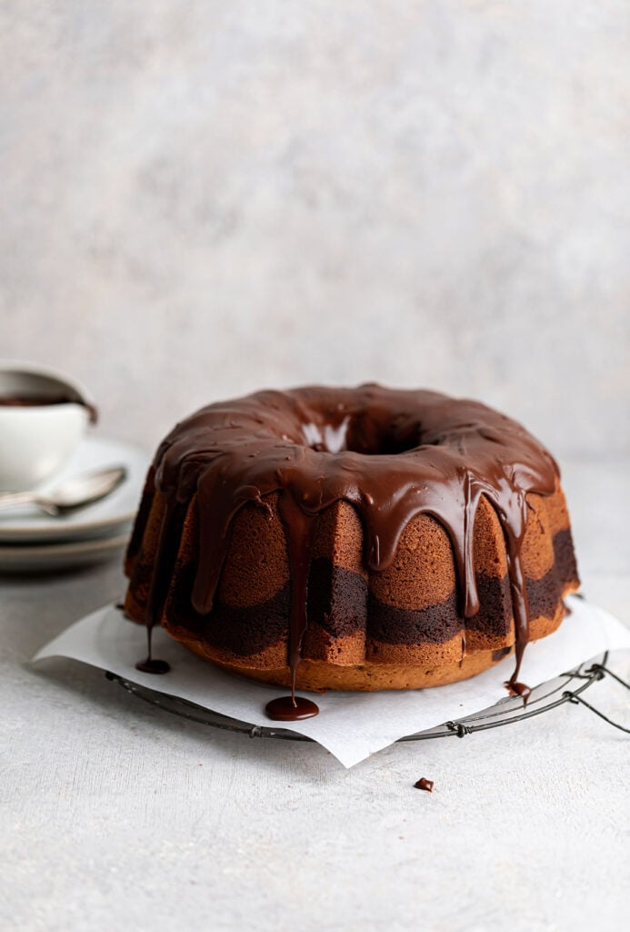 marble bundt cake with chocolate icing
